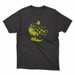 Araticu amarillo sobre remera negra